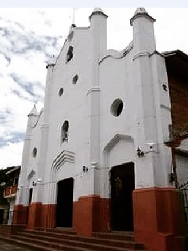 Funeraria en Bolombolo